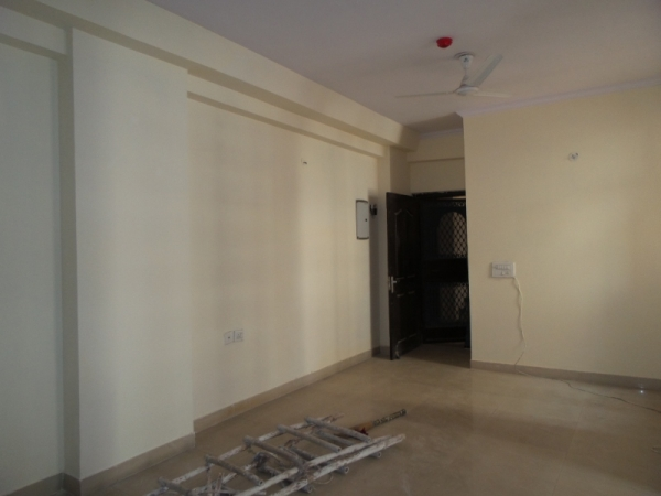 2 BHK Apartment for Rent in Ramakrishna Apartments - Living Room