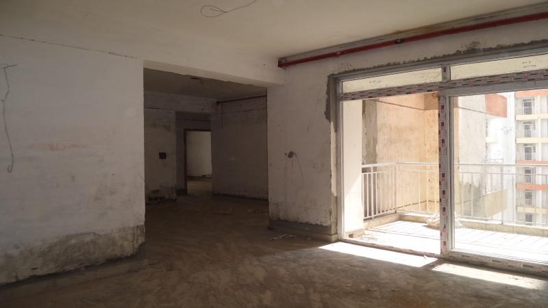 2 BHK Floor for Sale in Arsh Complex - Living Room