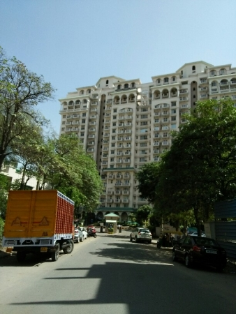 3 BHK Apartment for Rent in DLF Richmond Park - Exterior View