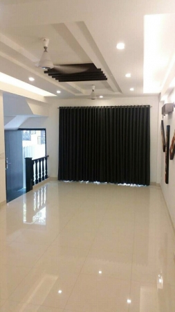 3 BHK Floor for Rent in Aakash Homes - Living Room