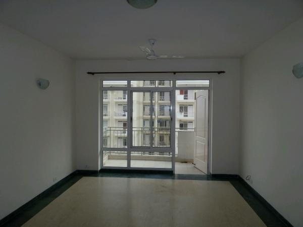 3 BHK Apartment for Rent in Vatika City - Living Room