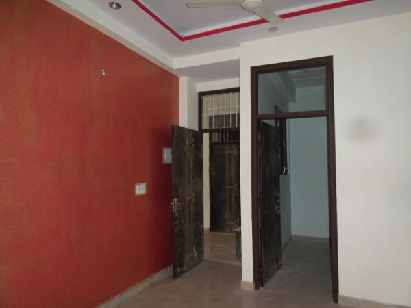 2 BHK Apartment for Rent in DDA Narwana Apartments - Living Room