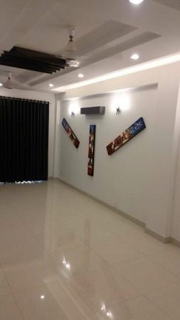 2 BHK Floor for Sale in Chattarpur Enclave Phase 1 New Delhi - Living Room