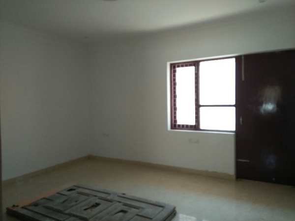 3 BHK Apartment for Rent in Vidya Enclave - Living Room