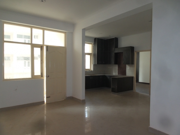2 BHK Apartment for Rent in Shanti Vihar - Living Room