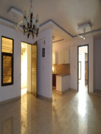 3 BHK Floor for Sale in Surya Vihar Part 2 Faridabad - Living Room
