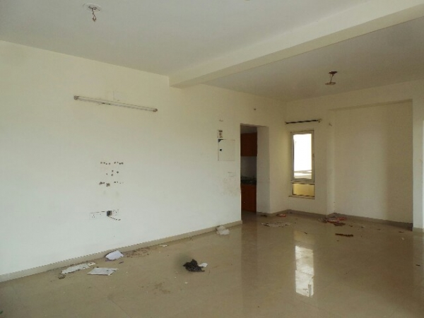 3 BHK Apartment for Rent in Omaxe New Heights - Living Room