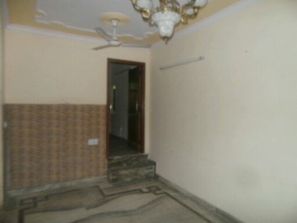 2 BHK Apartment for Sale in RPS Paras Apartment - Living Room