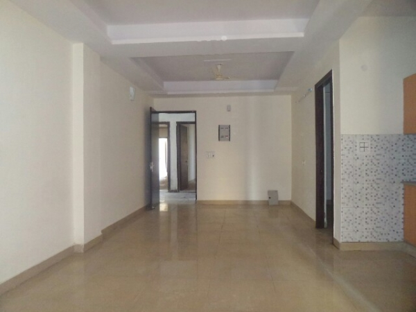 2 BHK Apartment for Rent in Omaxe Heights - Living Room