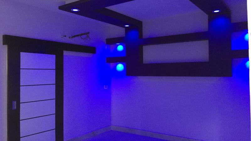 1 BHK Floor for Sale in Uttam Nagar New Delhi - Living Room