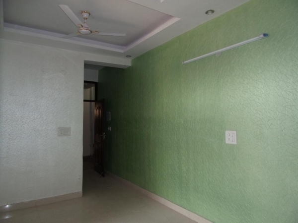 2 BHK Apartment for Sale in Purvanchal PMO Apartments - Living Room