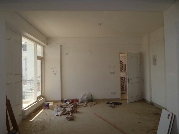 3 BHK Apartment for Rent in Shiv Shankar Society - Living Room
