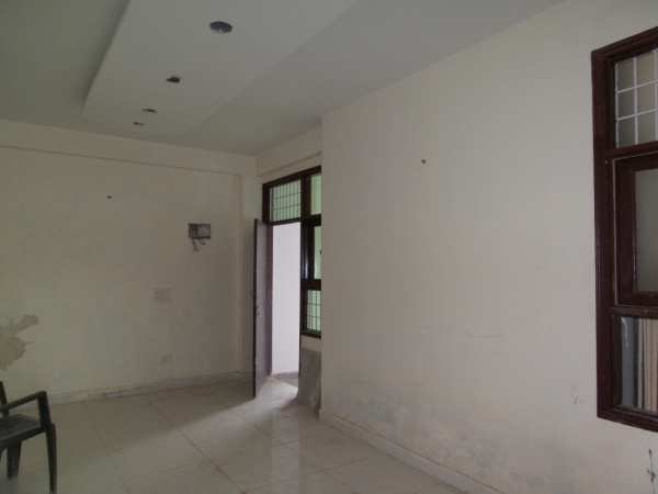 3 BHK Apartment for Sale in Royal Garden Estate - Living Room