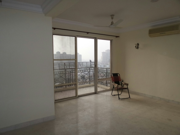 3 BHK Apartment for Rent in Alaknanda Apartment - Living Room