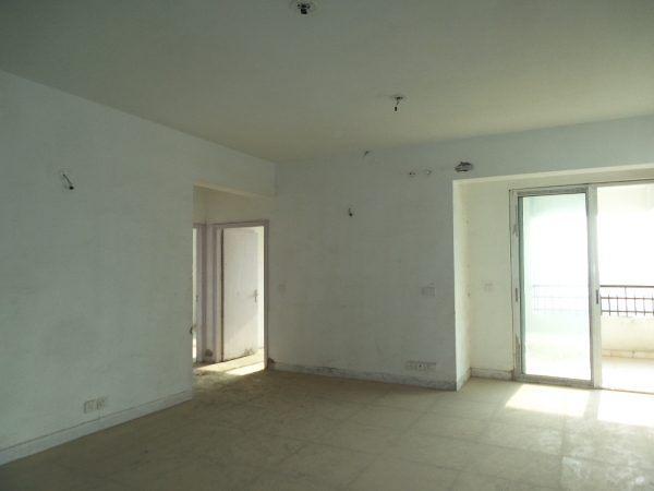 2 BHK Apartment for Sale in Sam Palm Olympia - Living Room