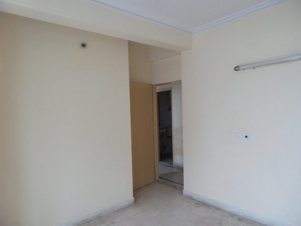 3 BHK Apartment for Rent in Royal Residency Apartment - Bedrooms